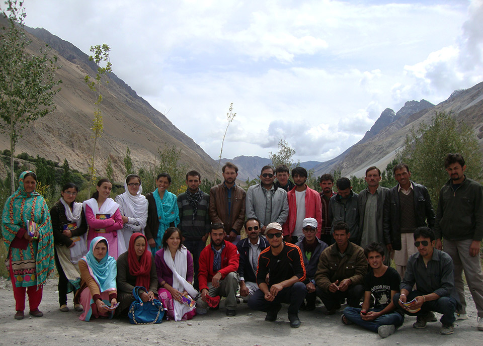 Group photo of Chipurson Farmers Association